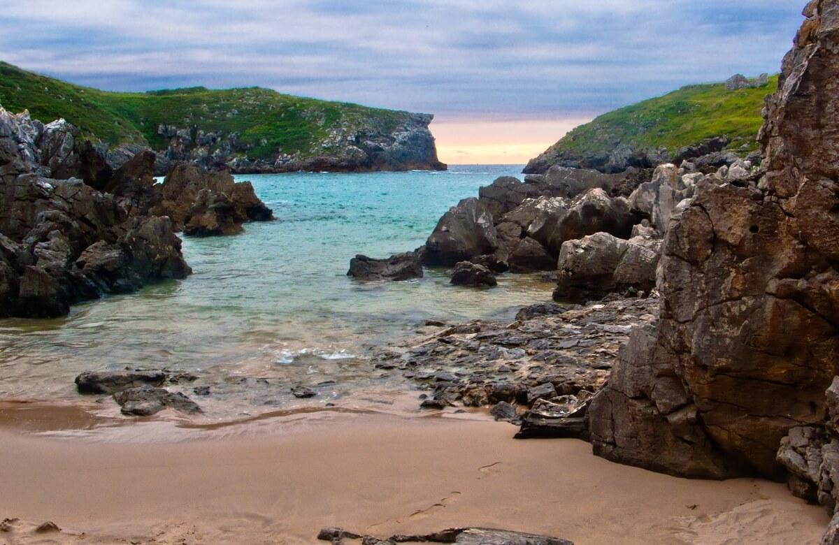 Playa de Cué - Foto: Guillén Pérez