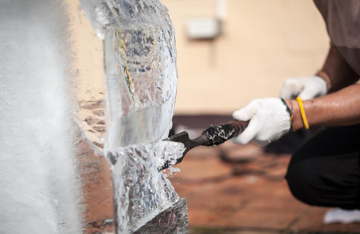 Ice Luge: escultura de hielo para ceremonias