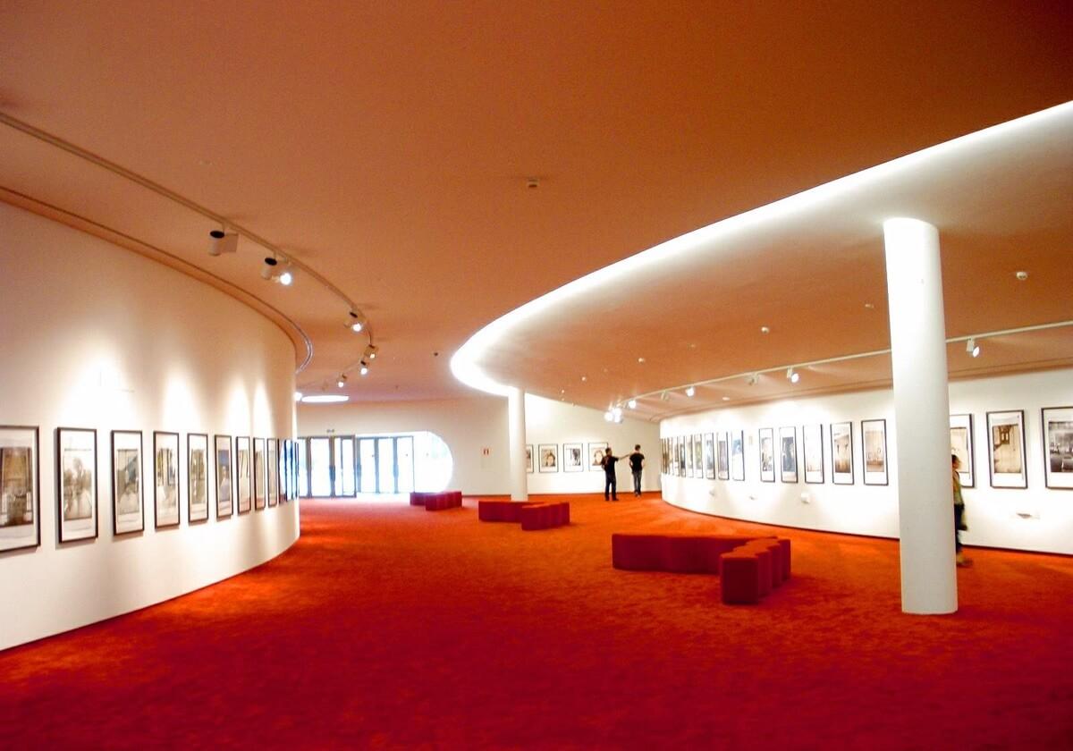 Interiores Centro Cultural Niemeyer, Avilés