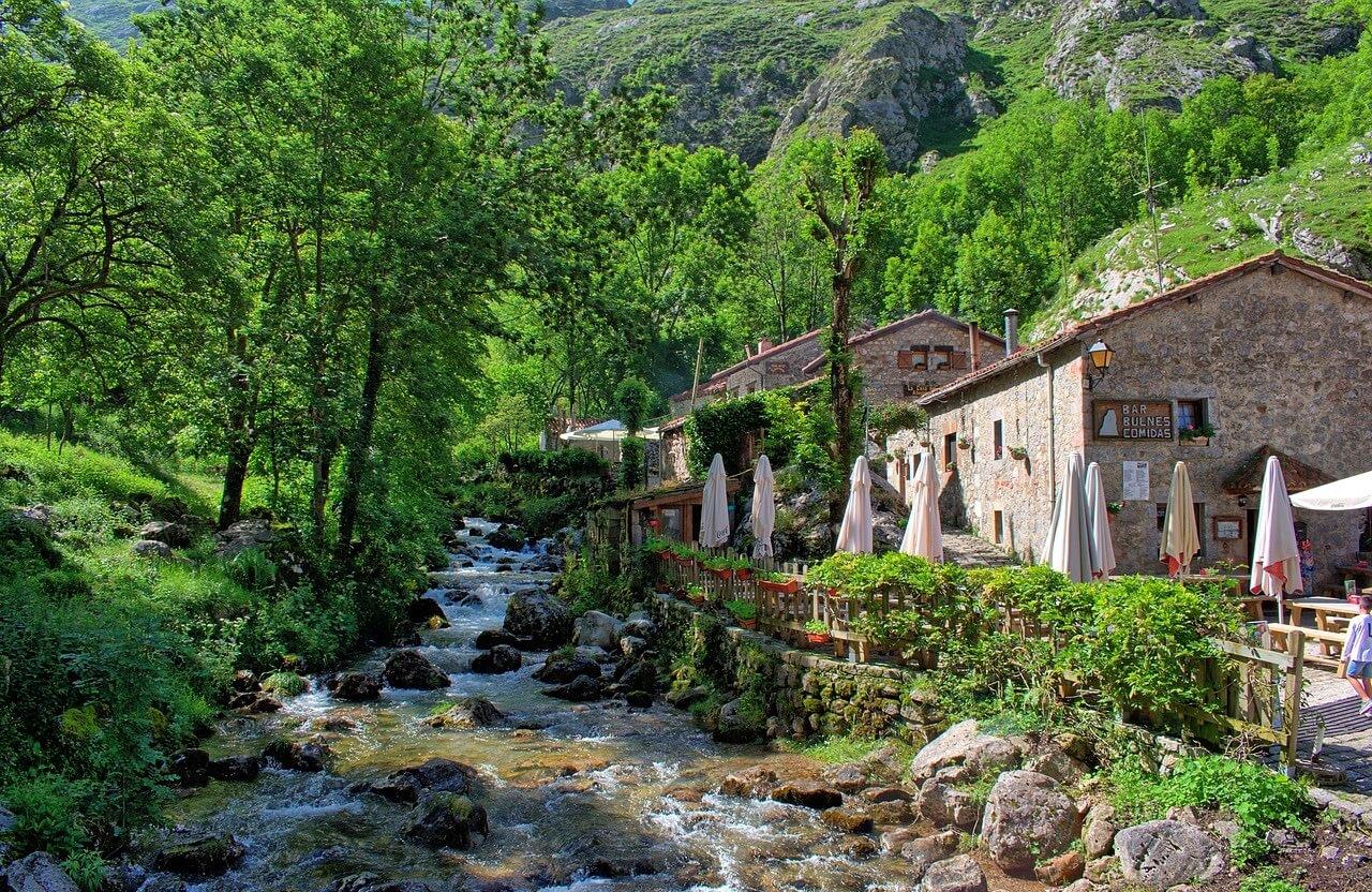 Bulnes, el corazón de los Picos de Europa