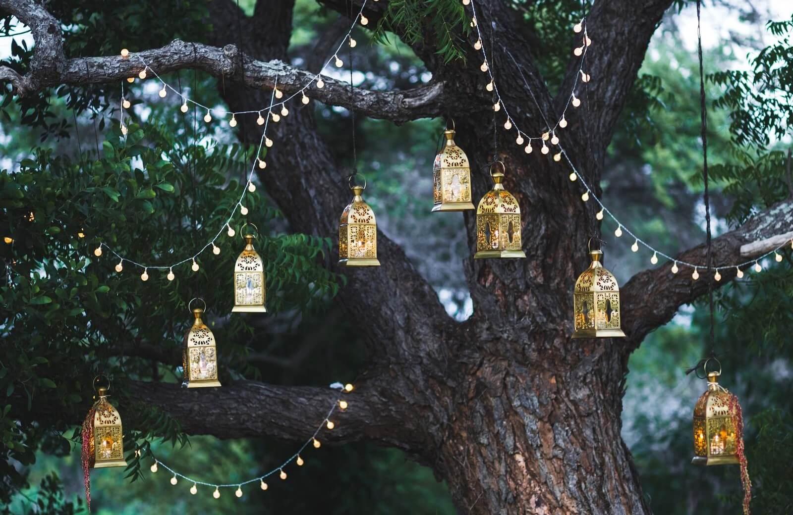 Iluminación bodas en jardín