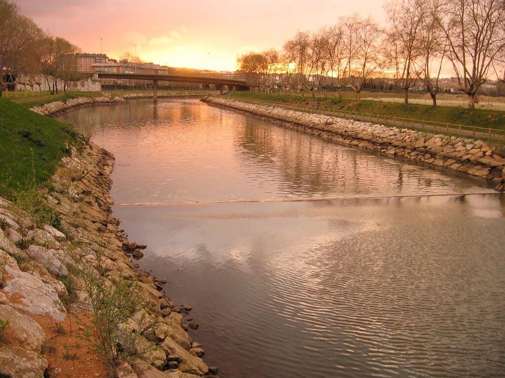 Ruta senda río Arlos