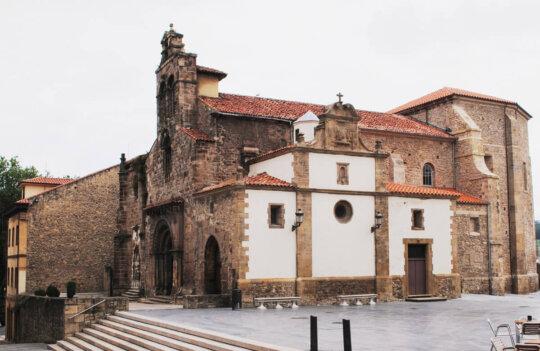 Iglesia de los Padres Franciscanos: el edificio avilesino más antiguo y mejor conservado