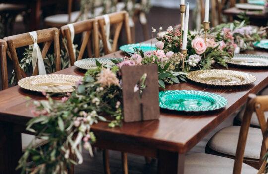 Consejos e ideas para organizar una boda ecológica: para novios eco friendly